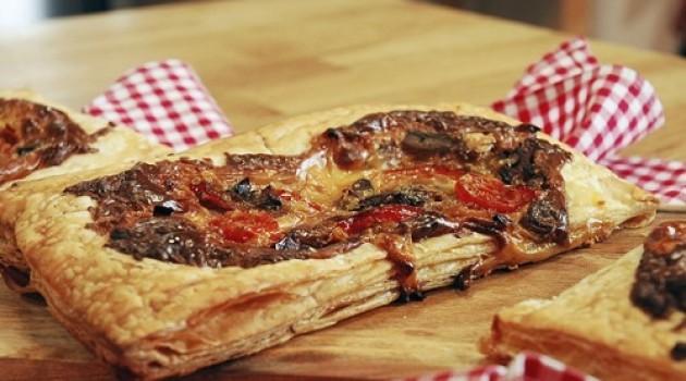 Arda'nın Mutfağı Mini Pizza Tarifi 15.02.2015