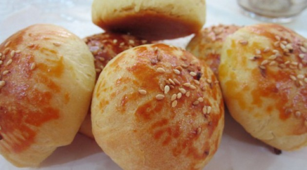 Krem Şantili Peynirli Poğaça Tarifi