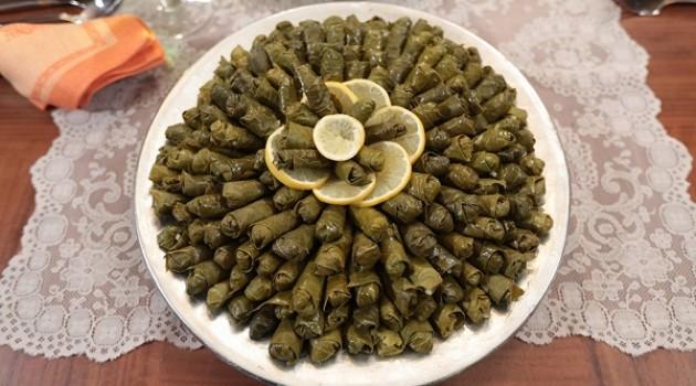 Nursel'in Mutfağı Peynir Sulu Çiğ Sarma Tarifi 08.12.2015