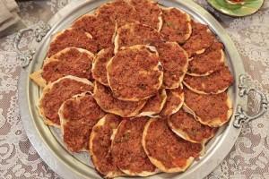 Nursel'in Mutfağı Çay Saati Menüsünden Fındık Lahmacun Tarifi 18.01.2016