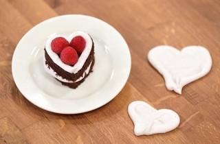 Arda'nın Mutfağı Kakaolu Kalp Pasta Tarifi 14.02.2016