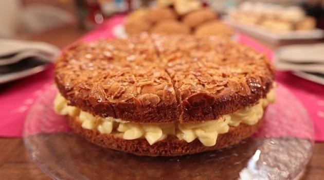 Nursel'in Mutfağı Çay Saati Menüsünden Ballı Badem Pastası Tarifi 08.03.2016