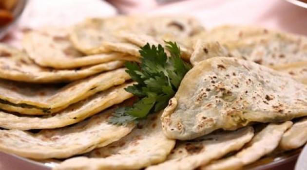 Nursel İle Ramazan Sofrası Ispanaklı Tahinli Börek Tarifi 17.06.2016