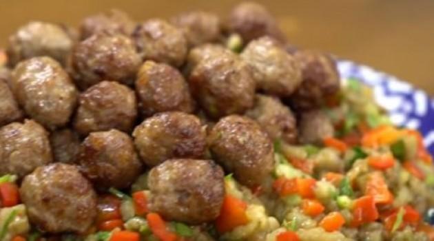 Pelin Karahan'la Nefis Tarifler Söğürme Kebabı Tarifi 11.04.2018
