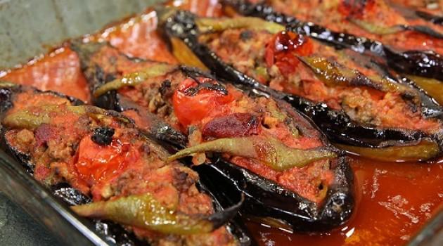 Arda'nın  Ramazan Mutfağı Karnıyarık Tarifi 16.05.2018