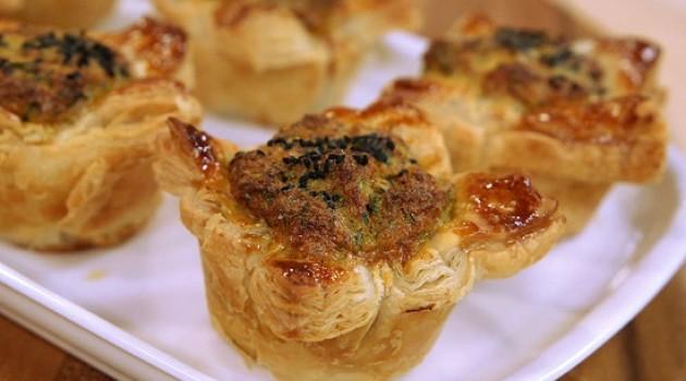 Arda'nın Ramazan Mutfağı Milföyde Mücver Börek Tarifi 18.05.2018