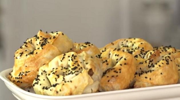 Arda'nın Mutfağı Kolay Kıymalı Gül Böreği Tarifi