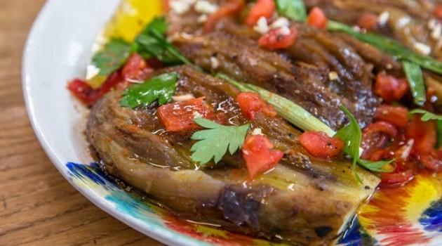 Arda'nın Ramazan Mutfağı Köz Patlıcan Salatası Tarifi 11.05.2019