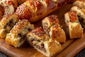 Gelinim Mutfakta Kıymalı Ekmek  Tarifi 25.02.2020