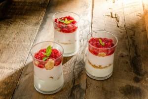 Arda'nın Ramazan Mutfağı  Çilekli Kup Tarifi 04.05.2020