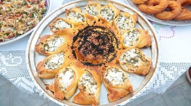 Nursel'in Mutfağı Peynirli Ayçiçek Çöreği Tarifi 21.09.2015