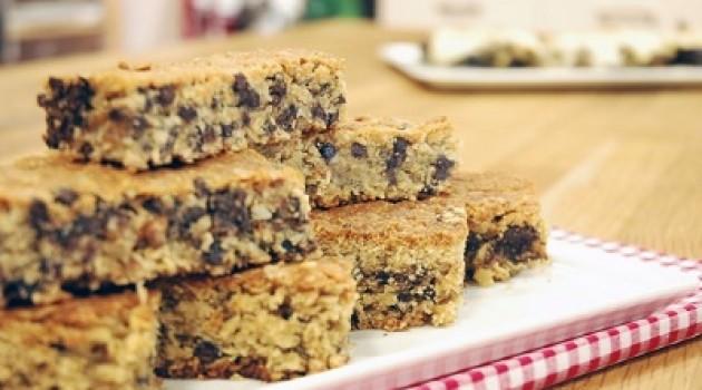 Arda'nın Mutfağı Fıstık Ezmeli ve Çikolata Parçacıklı Bar Tarifi 16.06.2015