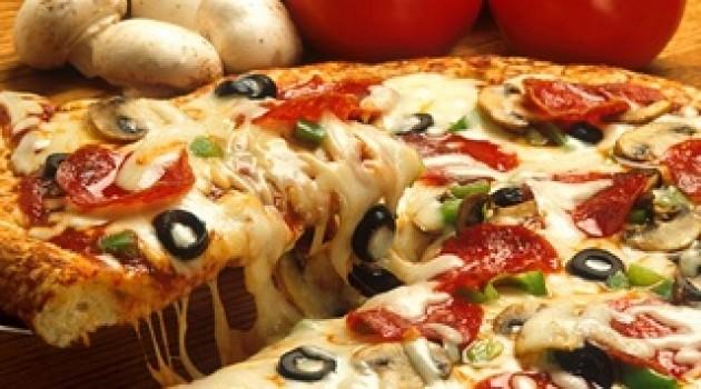 Karışık Tava Pizza Tarifi