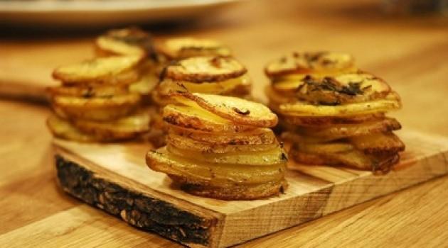 TV8 Arda'nın Mutfağı Muffin Kalıbında Dilim Patatesler Tarifi 31.05.2015