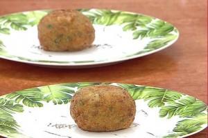 Gelinim Mutfakta Patlıcan Köftesi Tarifi 07.01.2020