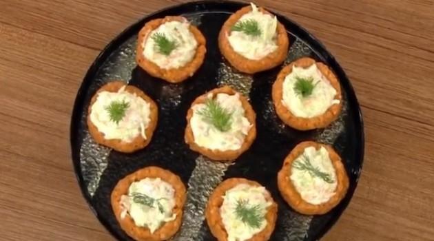 Öykü Gürman İle Günün Yemeği Patates Çanağında Salata Tarifi 29.10.2020