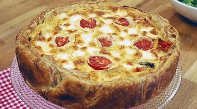 Arda'nın Mutfağı 3 Renkli Biberli Peynirli Kiş Tarifi 14.06.2015