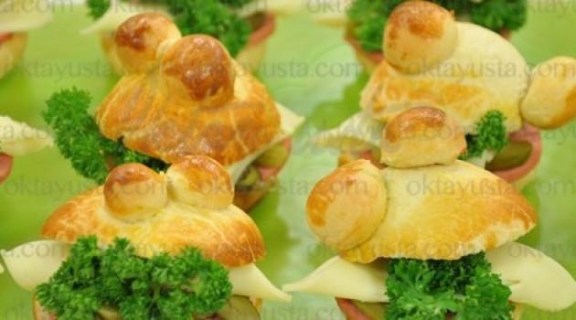 Yeşil Elma Salamlı Peynirli Sandviç Tarifi 02.04.2015