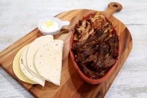 Arda'nın Mutfağı Etli ve Tavuklu Combo Fajita Tarifi 09.10.2016
