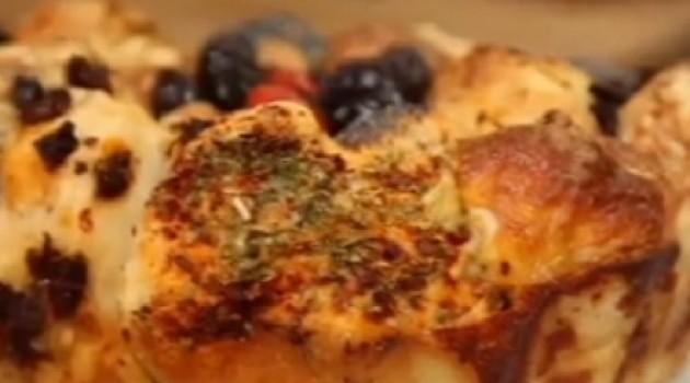 Nursel'in Mutfağı Çeşnili Mini Ekmek Tarifi 09.02.2017