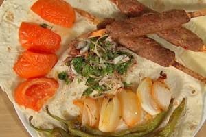 Sizi Böyle Alalım Soğan Salatası Tarifi 30.01.2018