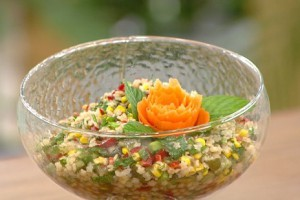 Öykü Gürman İle Günün Yemeği Yıldız Şehriye Salatası Tarifi 26.10.2020