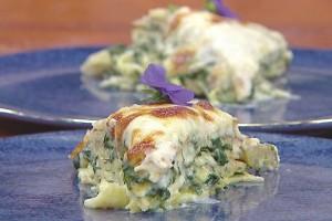 Gelinim Mutfakta Ispanaklı Krep Pastası Tarifi 25.02.2021