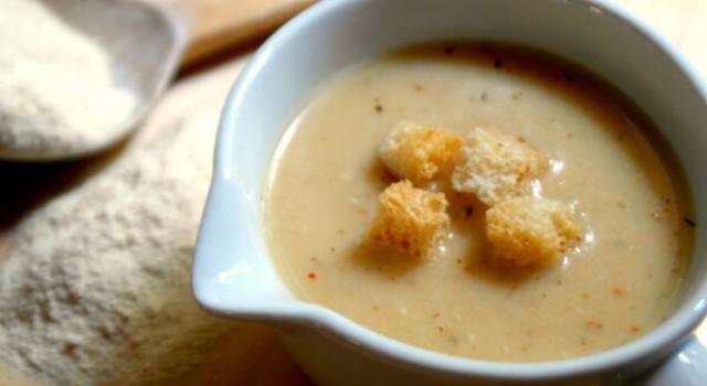 Yoğurtlu Tarhana Çorbası Tarifi
