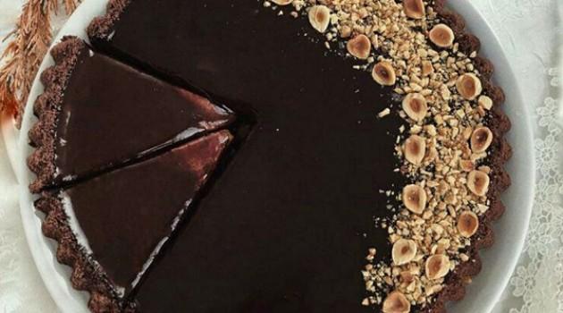 Nefis Kremalı Çikolata Ganajlı Tart Pasta Tarifi