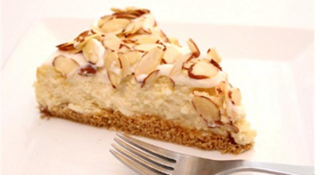 Bademli Cheesecake Tarifi