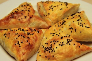 Baklava Yufkasından Patatesli Börek Tarifi